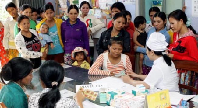 Khuyến khích tăng dân số, cần quan tâm nhất là hạ tầng kinh tế - xã hội