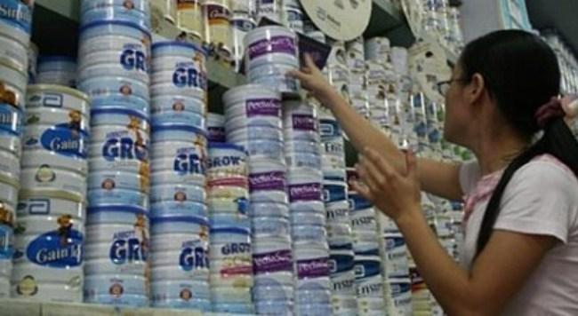Kiểm tra gấp việc ồ ạt tăng giá sữa