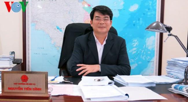 Thứ trưởng Bộ Nội vụ nói về việc tinh giản 100.000 biên chế