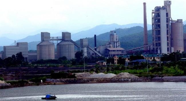 Quảng Ninh: Dừng mở rộng 2 nhà máy ximăng gần Vịnh Hạ Long