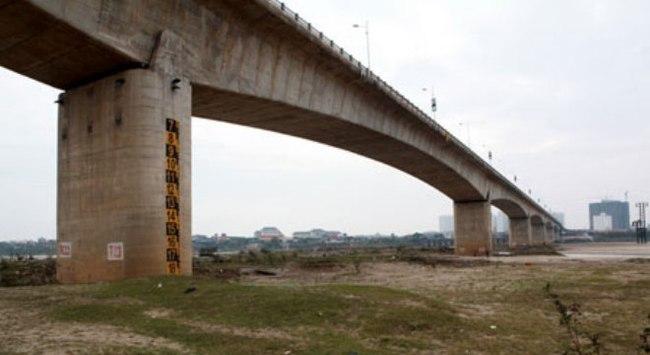Nứt trụ cầu Vĩnh Tuy: 3 năm chưa có câu trả lời