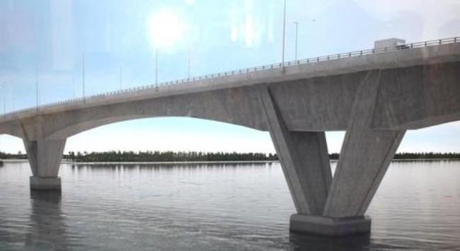 """Xây cầu vượt biển: Bác nhà thầu...""""rẻ"""" và lý lẽ ODA"""