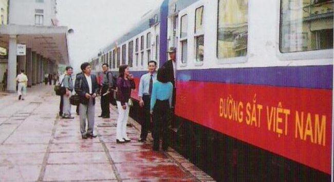 'Quan đường sắt' ăn hối lộ: Còn tiêu tiền tươi thì còn...tham nhũng!