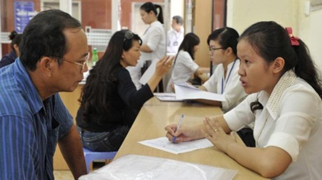 Công chức Hà Nội phải tuân thủ quy định văn hóa công sở mới