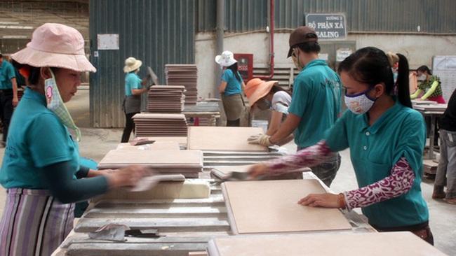 Doanh nghiệp xuất khẩu gỗ phấn khởi sản xuất