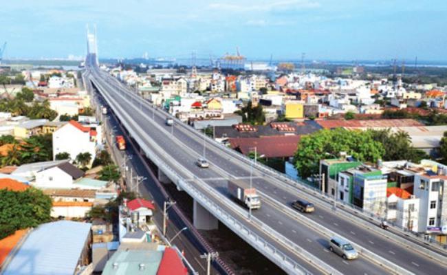 Đổi mới trong xây dựng chiến lược phát triển kinh tế - xã hội