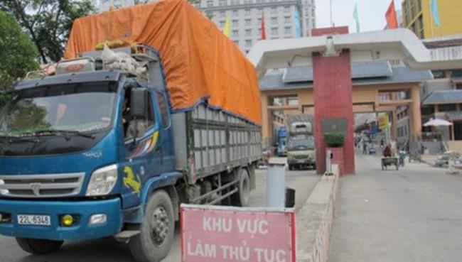 Thương mại biên giới qua Lạng Sơn tăng 40%