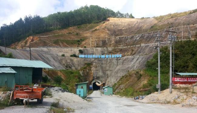 Hai nhà thầu Trung Quốc đột ngột bỏ thi công thủy điện
