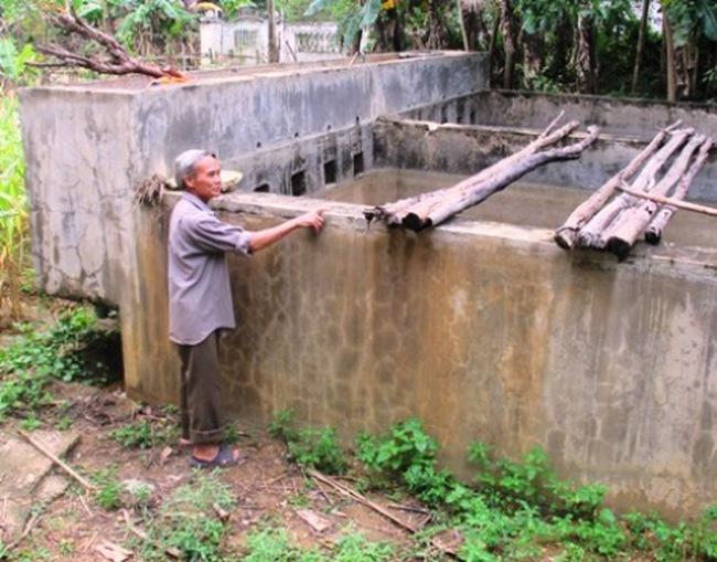 Dân thiếu nước sạch, nhà máy nước hàng tỷ đồng bỏ hoang