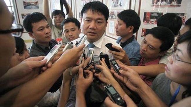 Bộ trưởng Đinh La Thăng và những 'tin nhắn thần thánh'