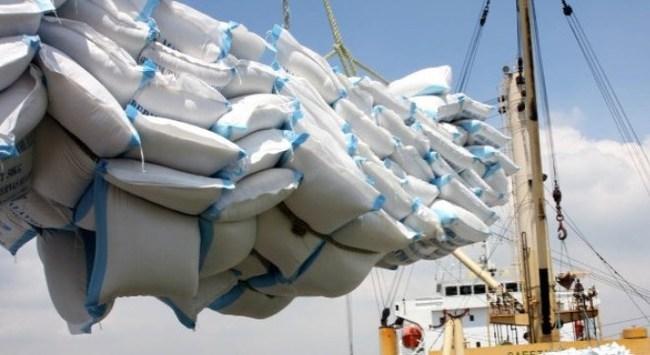 Sau 8 tháng, thặng dư thương mại cả nước đạt gần 1,7 tỷ USD