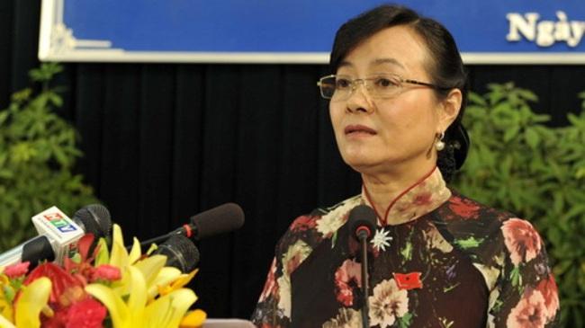 Chủ tịch HĐND TPHCM xin lỗi công nhân