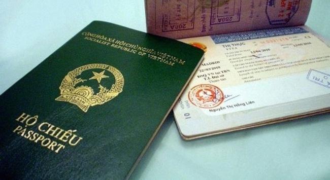 Nới điều kiện đăng ký quốc tịch Việt Nam