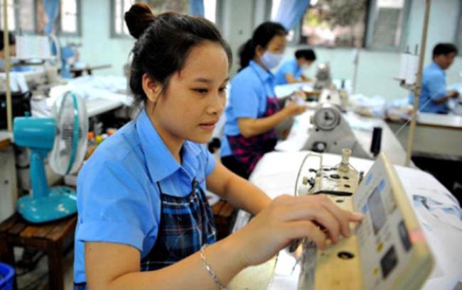 Tăng lương tối thiểu: Người lao động trông chờ