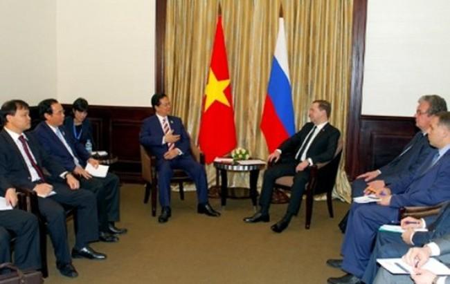 Thủ tướng Nguyễn Tấn Dũng gặp Thủ tướng Nga và Thủ tướng Australia
