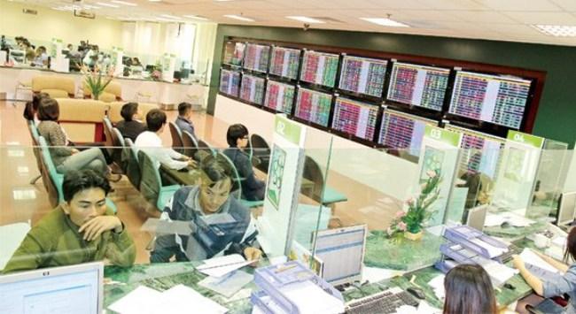 Nhà đầu tư nâng cao năng lực bắt kịp đà tăng trưởng của TTCK
