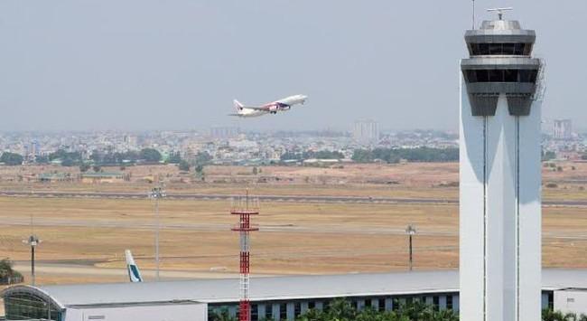 Thời sự 24h: Điều tra sự cố mất kiểm soát bay tại sân bay Tân Sơn Nhất