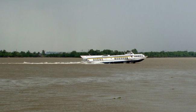 Tàu cao tốc chở khách không được sử dụng quá 20 năm