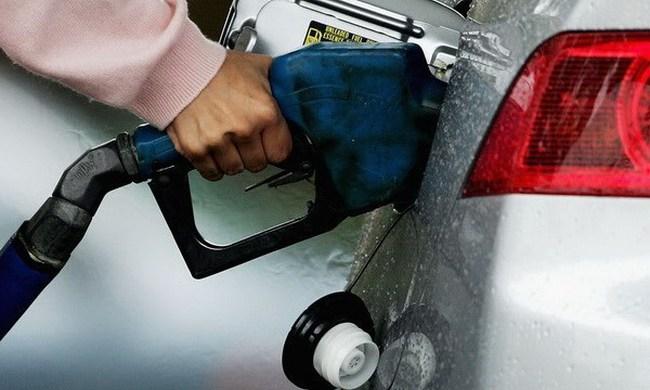 OPEC nghi ngờ yếu tố đầu cơ khiến giá dầu giảm mạnh