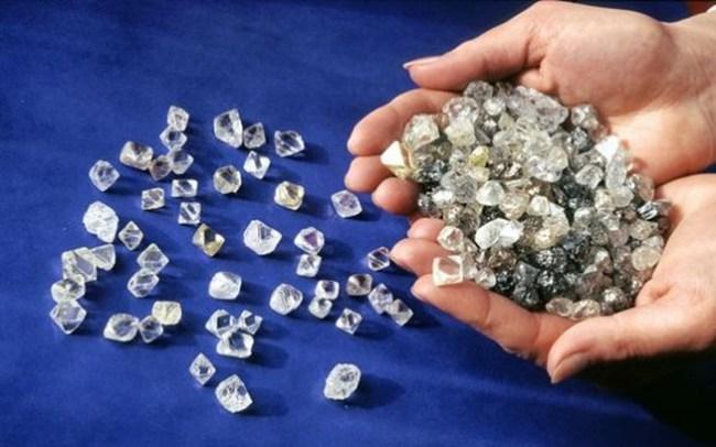 Quan hệ Nga - Ấn, kỳ vọng vào giao dịch kim cương