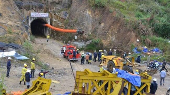 Sập hầm ở Lâm Đồng: Nước trong hầm dâng cao hơn 1m