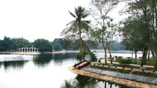 Xây dựng bãi đỗ xe ngầm trong CV Thống Nhất: Nhiều băn khoăn!