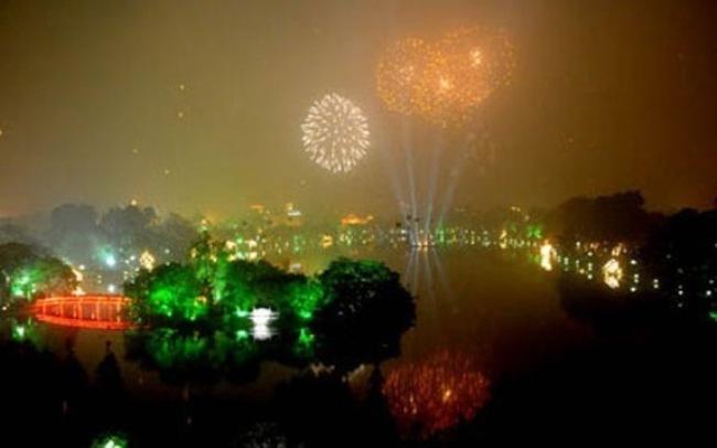 Hà Nội bắn pháo hoa 30 điểm đêm giao thừa Ất Mùi