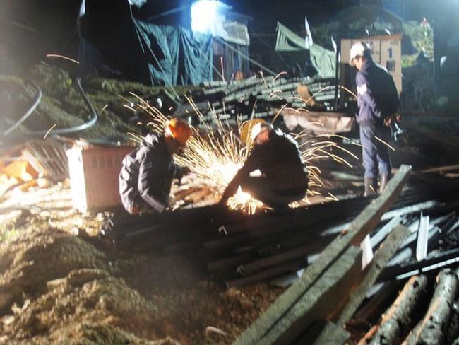 Vụ sập hầm thủy điện: Khả năng đêm nay sẽ tiếp cận nạn nhân