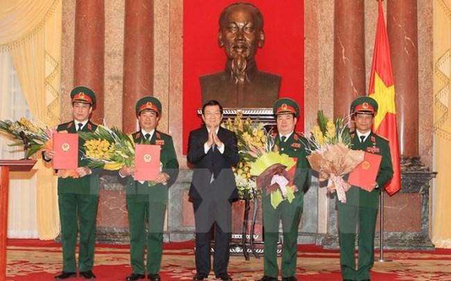 Chủ tịch nước Trương Tấn Sang phong hàm 4 Thượng tướng