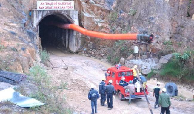 Vụ sập hầm thủy điện: Truy trách nhiệm thế nào?