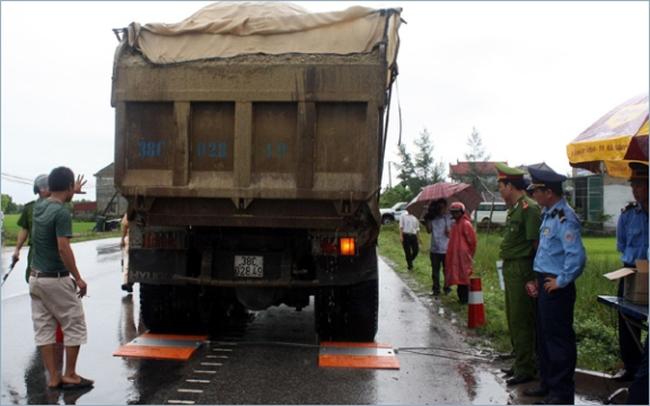 Ông Đinh La Thăng: Lãnh đạo tỉnh cũng nên ra đường chặn xe quá tải