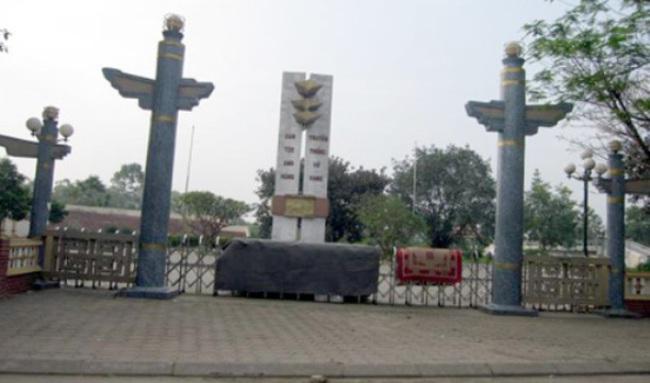 Hà Nội: Không có chuyện chi 700 tỷ xây mới tượng đài