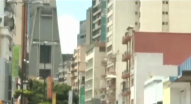 Lạm phát 60%, người dân Venezuela ảm đạm đón năm mới 2015