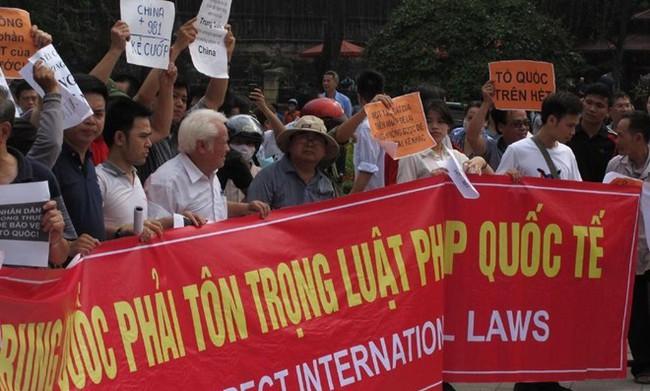 Việt Nam gửi công hàm quốc tế phản đối Trung Quốc
