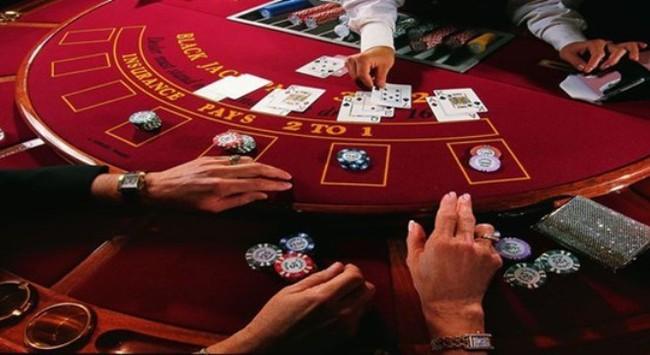 """Đề xuất người Việt đủ 21 tuổi được chơi casino: """"Nên nghiên cứu những hạn chế"""""""
