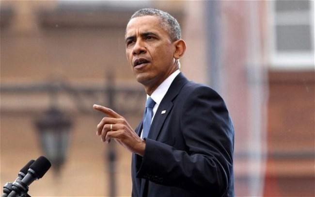 Đằng sau việc ông Obama bị kiện
