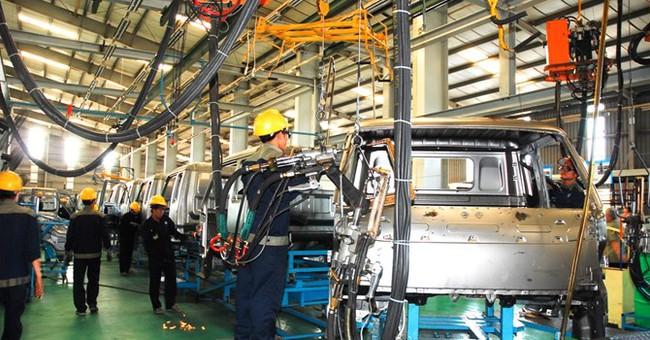 Nhìn lại chiến lược phát triển công nghiệp ô tô Việt Nam