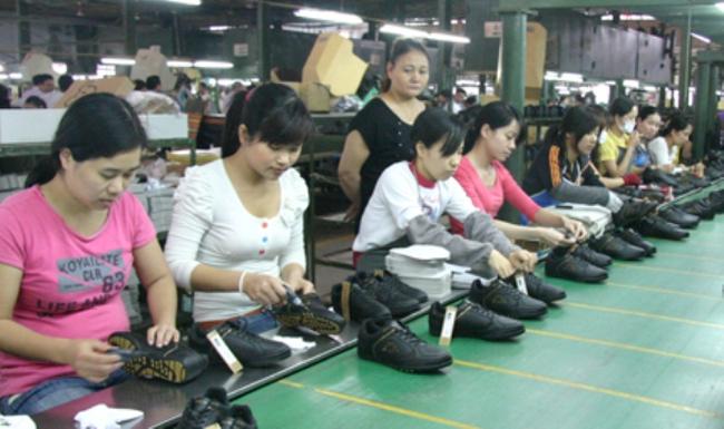 Ngành da giày: Cần chấm dứt phụ thuộc nguyên liệu Trung Quốc