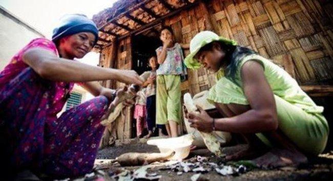 Nghìn tỷ cho giảm nghèo: Số liệu vênh, gạo chưa tới dân