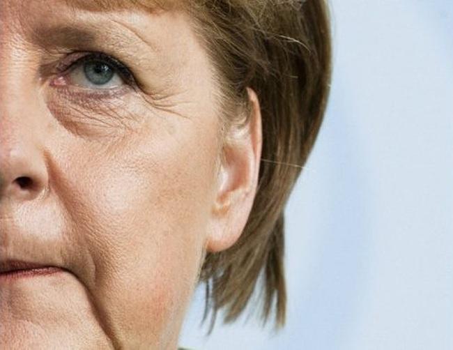 """Câu hỏi lớn với người Đức: Làm """"minh chủ"""" hay không?"""