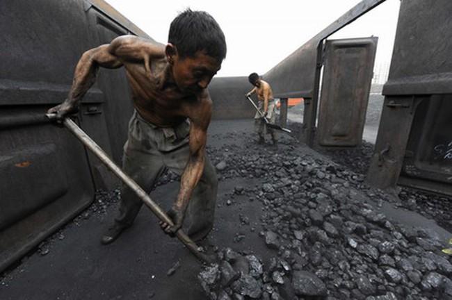 Cuộc chiến bẩn thỉu trong ngành than nước Mỹ