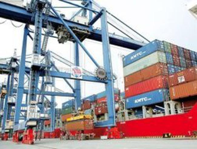 Logistics nội: 'Bán thân' cho nước ngoài?