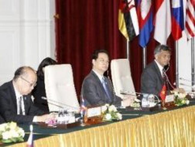ASEAN ra Tuyên bố Phnom Penh