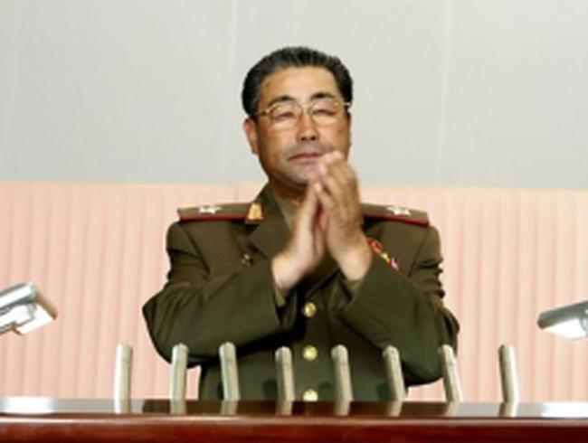 Kim Jong-un thay Bộ trưởng Quốc phòng