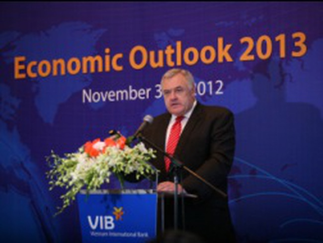 """""""Triển vọng kinh tế năm 2013""""- Sự kiên nhẫn của NĐT nước ngoài sẽ được đền đáp"""