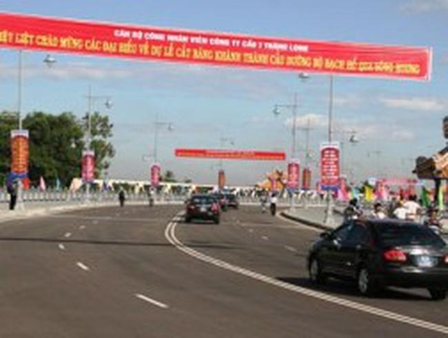 Thừa Thiên - Huế: Nghị trường đau đầu vì tên của một cây cầu