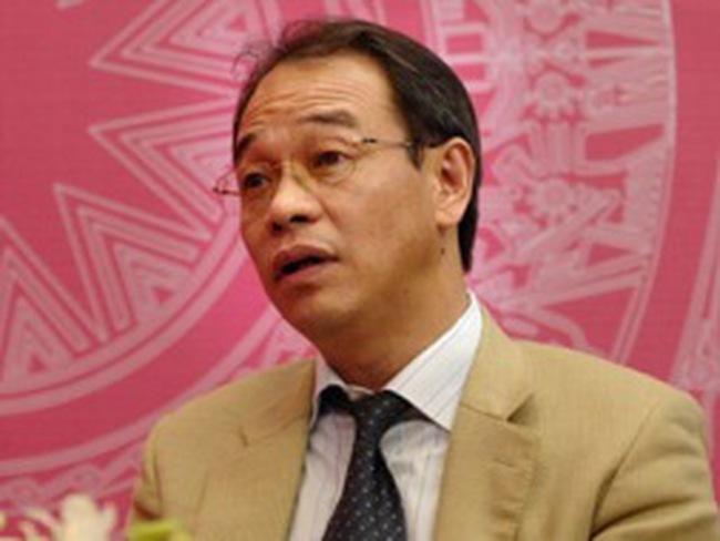 """Chủ tịch Petrolimex: Giá xăng cả chu kỳ là """"không minh bạch"""""""