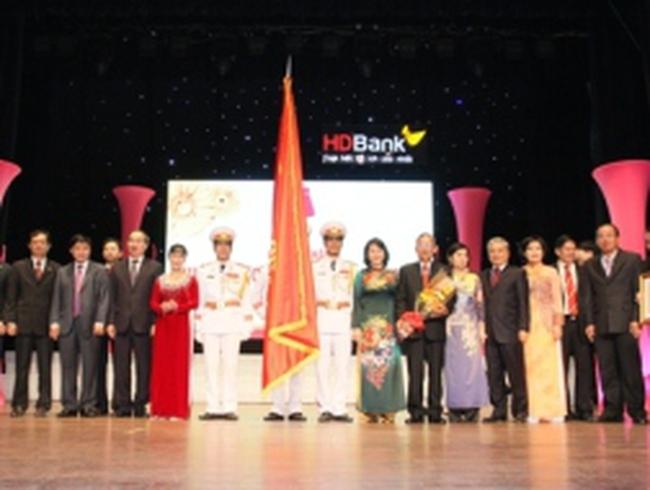 HDBank đón nhận Huân chương lao động của Chủ tịch nước