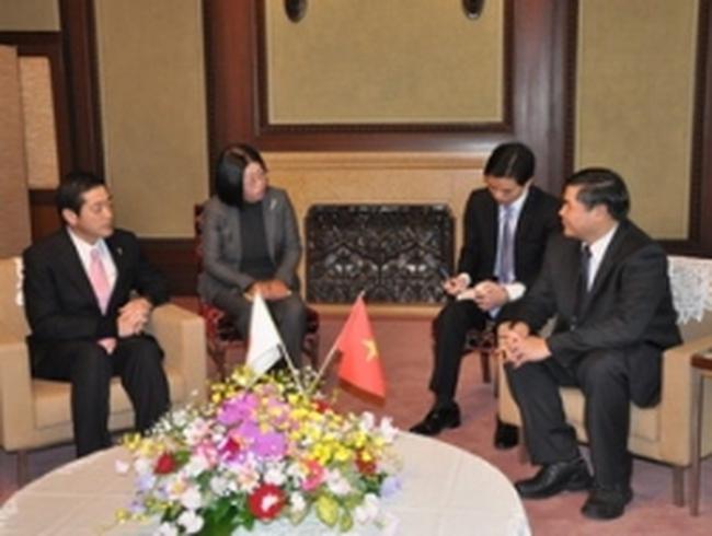 Tỉnh Ehime muốn tăng cường hợp tác với Việt Nam