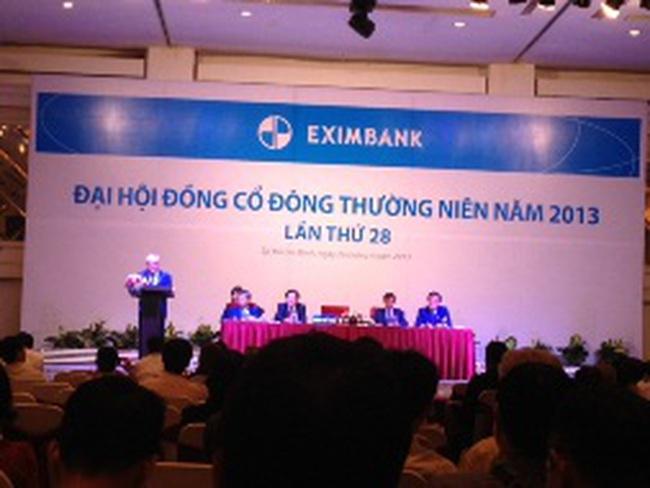 [Trực tiếp] ĐHCĐ EIB: Nếu đi đường thẳng, EIB cần 40 năm để đuổi kịp số chi nhánh của Sacombank